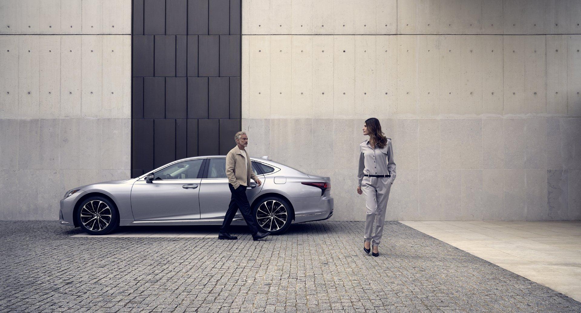 """Nepamainomas kiekvieną dieną – tobulas naujojo """"Lexus LS"""" našumas"""